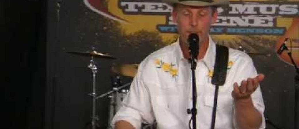 """Max Stalling performs """"I Ain't Drinkng Alone"""" on the Texas Music Scene"""